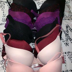Victoria's Secret Pink bras & black heart 🖤